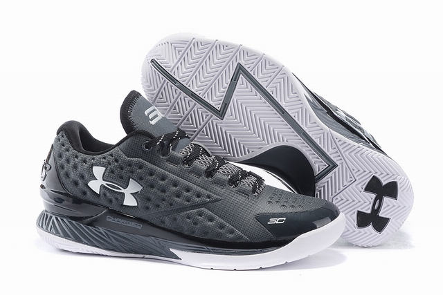 Under Armour UA Curry one-008