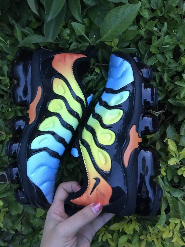 air vapormax plus 2018 tn women-016