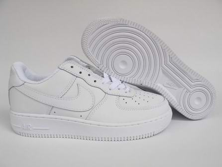 size 15 and size 14 air force one-001