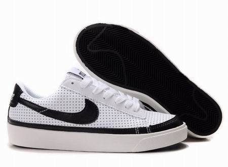 women Low Top Nike Blazers-001