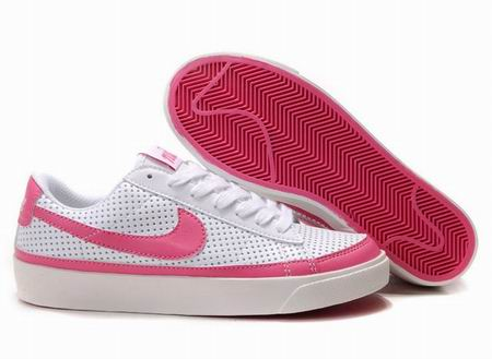 women Low Top Nike Blazers-006