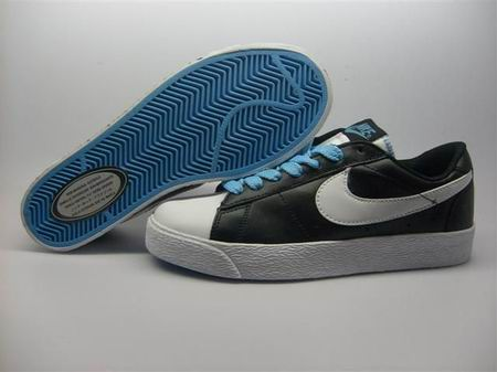 women Low Top Nike Blazers-010