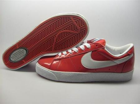 women Low Top Nike Blazers-011