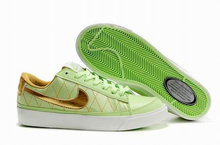 women Low Top Nike Blazers-014