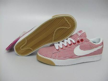 women Low Top Nike Blazers-020